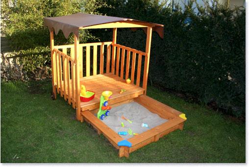 testmagazine gaspo spielhaus mit sandkasten. Black Bedroom Furniture Sets. Home Design Ideas