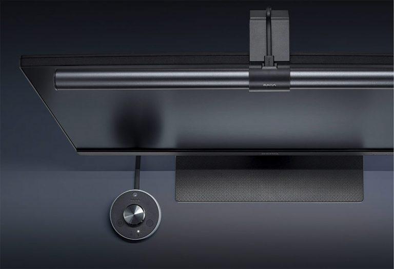 LED-Monitor-Schreibtischlampe mit Auto-Dimmen und Farbton-Anpassungsfunktionen: BenQ ScreenBar Plus im Test