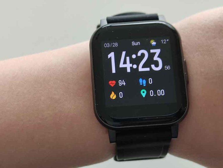 Aukey Smartwatch LS02: Die günstige Smart-Watch im Test