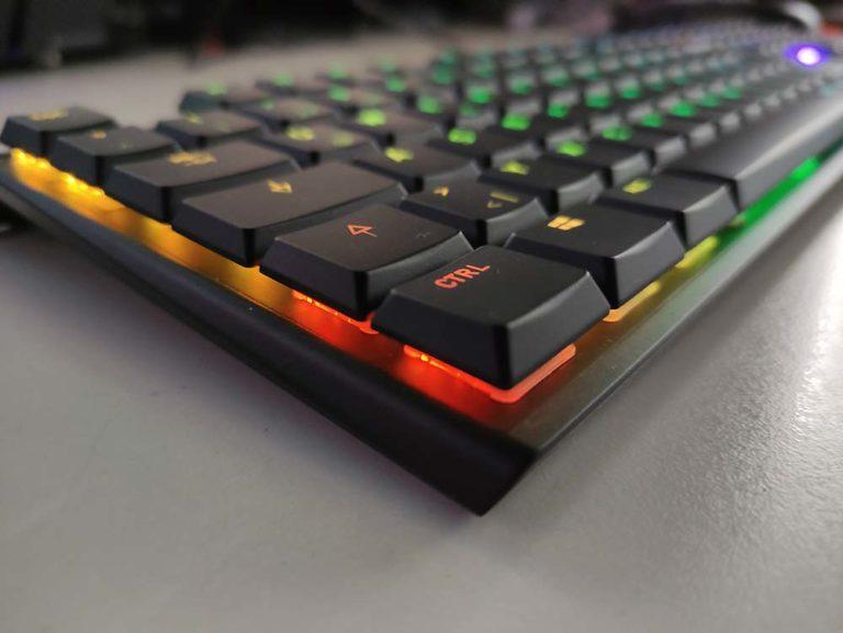 Cherry MX 10.0N RGB: Die kompakte und sehr flache RGB-Tastatur im Praxistest